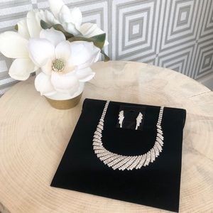 Jewelry - Crystal Necklace with matching earrings
